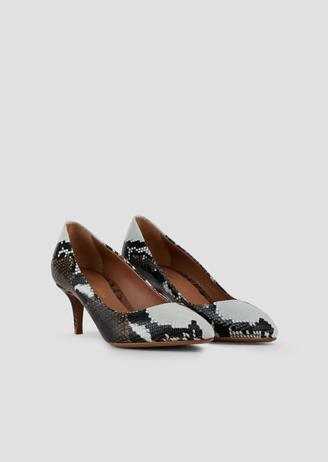 Pumps in baby batik viper leather