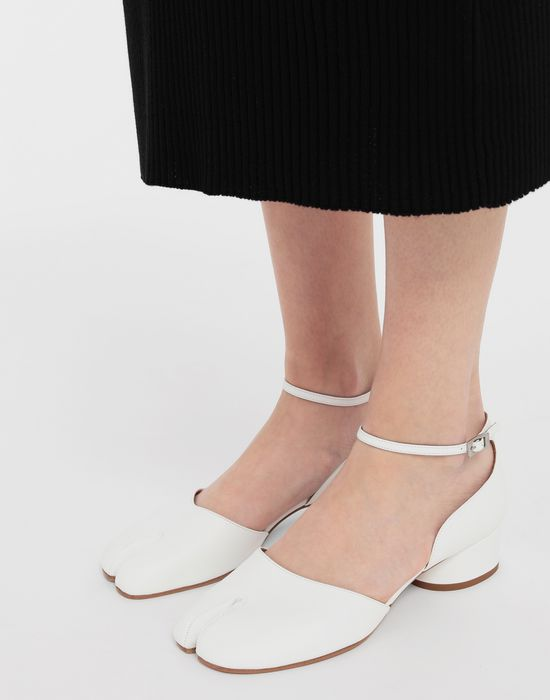MAISON MARGIELA Tabi leather ankle strap shoes Ballet flats [*** pickupInStoreShipping_info ***] b