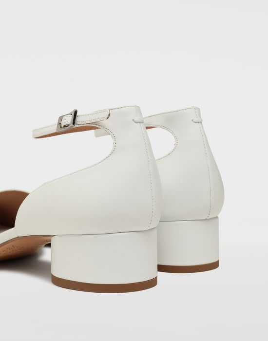 MAISON MARGIELA Tabi leather ankle strap shoes Ballet flats [*** pickupInStoreShipping_info ***] e