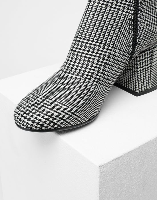MM6 MAISON MARGIELA Checked ankle boots Ankle boots [*** pickupInStoreShipping_info ***] e