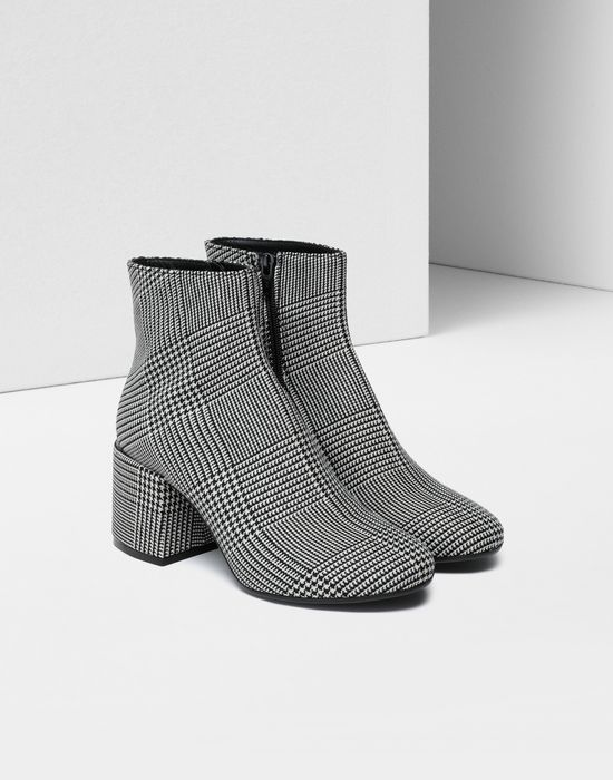 MM6 MAISON MARGIELA Checked ankle boots Ankle boots [*** pickupInStoreShipping_info ***] r