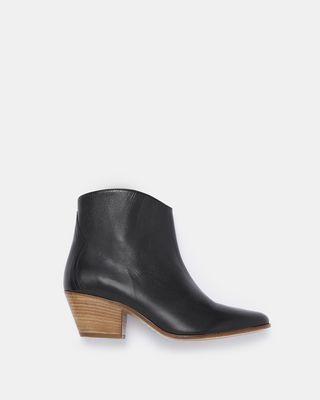 DACKEN boots