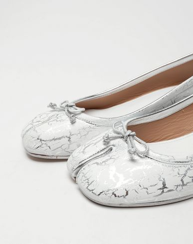 SHOES Tabi leather ballerina pumps