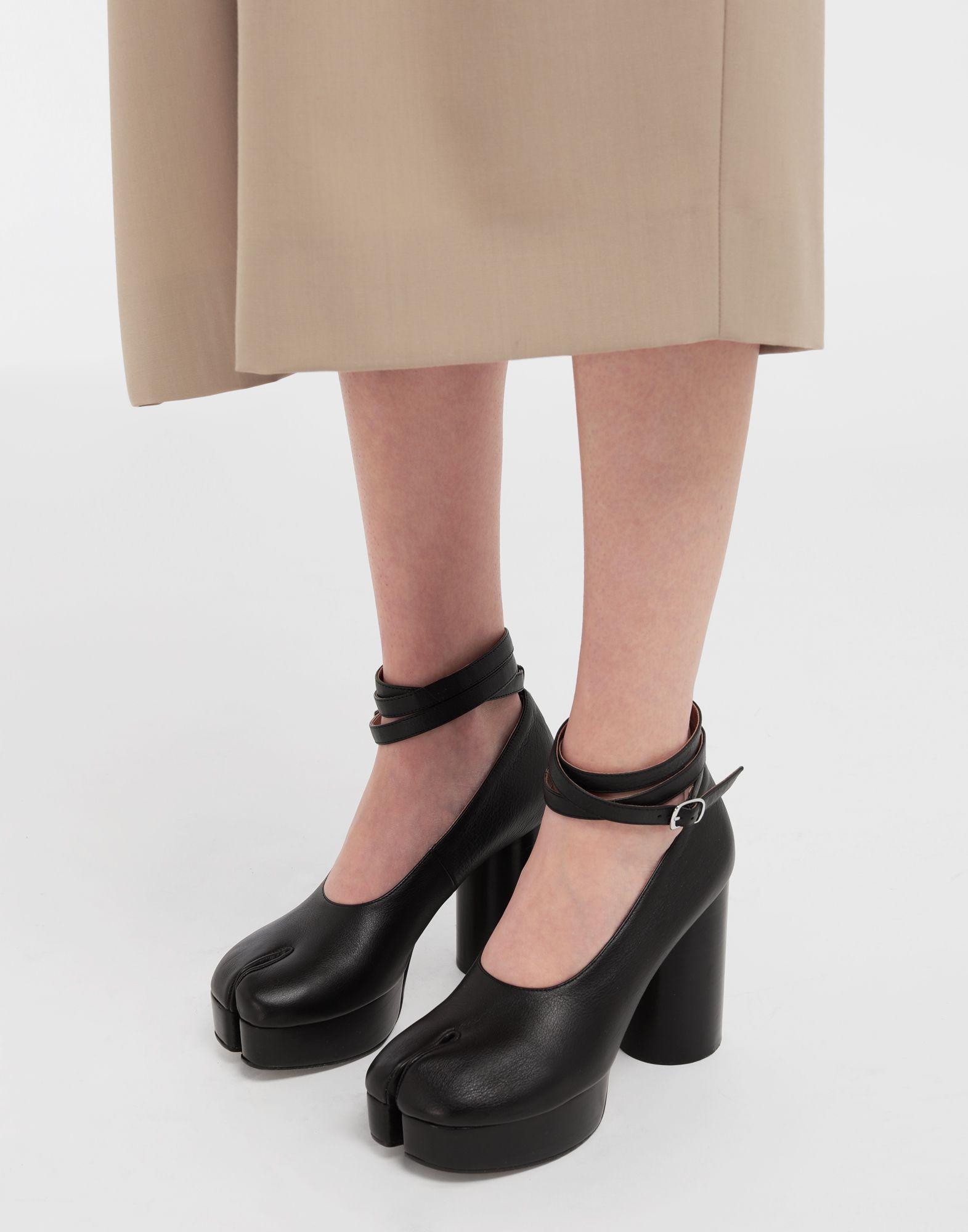 MAISON MARGIELA Tabi double strap leather sandals Pumps Woman b