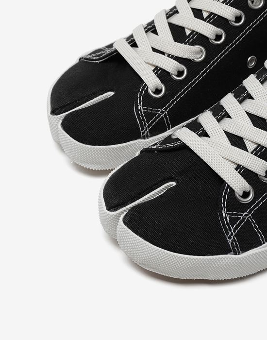 MAISON MARGIELA Tabi low top canvas sneakers Sneakers [*** pickupInStoreShipping_info ***] a