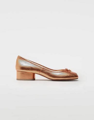 MAISON MARGIELA Ballet flats [*** pickupInStoreShipping_info ***] Tabi laminated leather ballerina pumps f