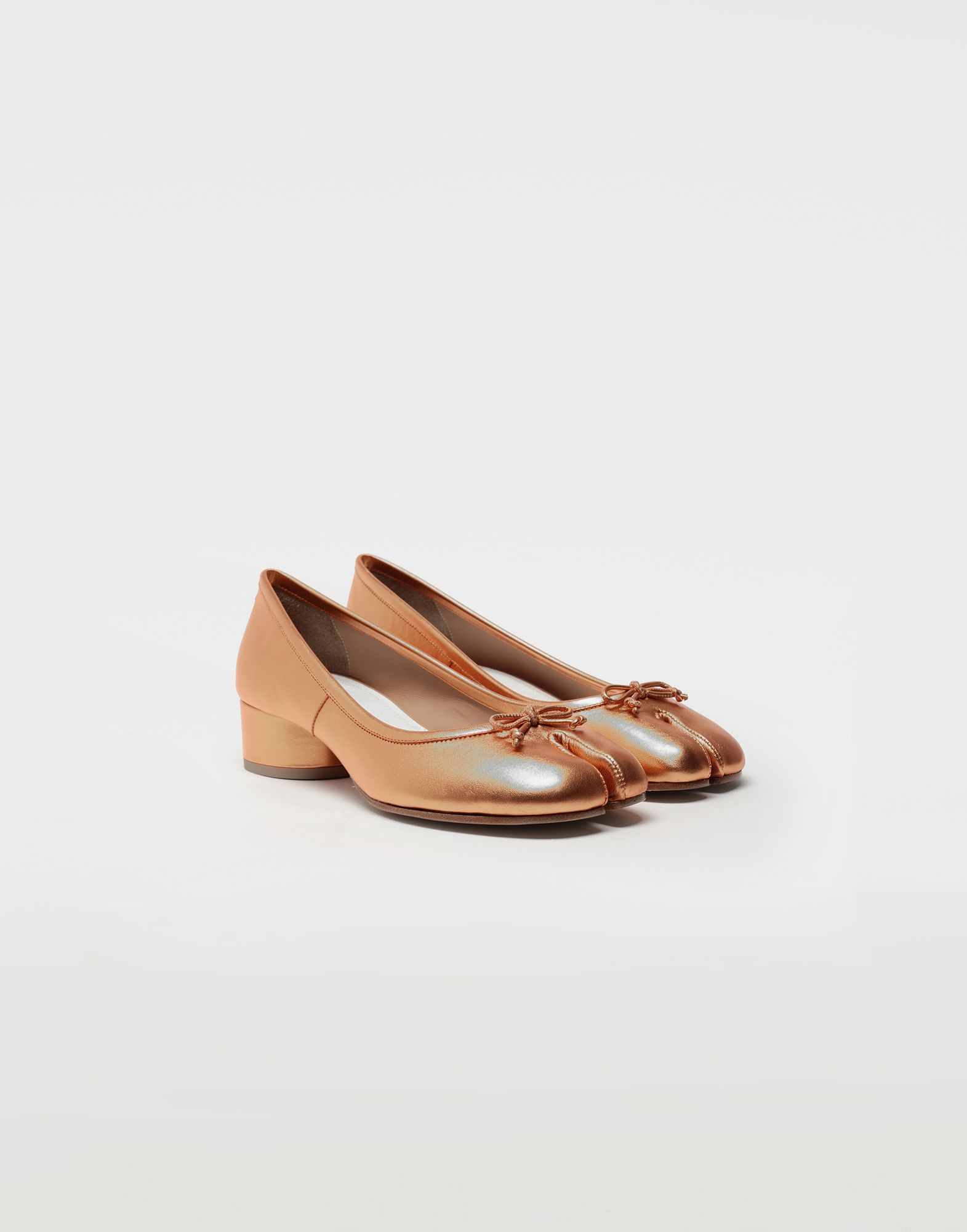 MAISON MARGIELA Tabi laminated leather ballerina pumps Ballet flats Woman r