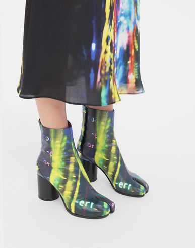 SHOES Tabi Error-print leather boots Black