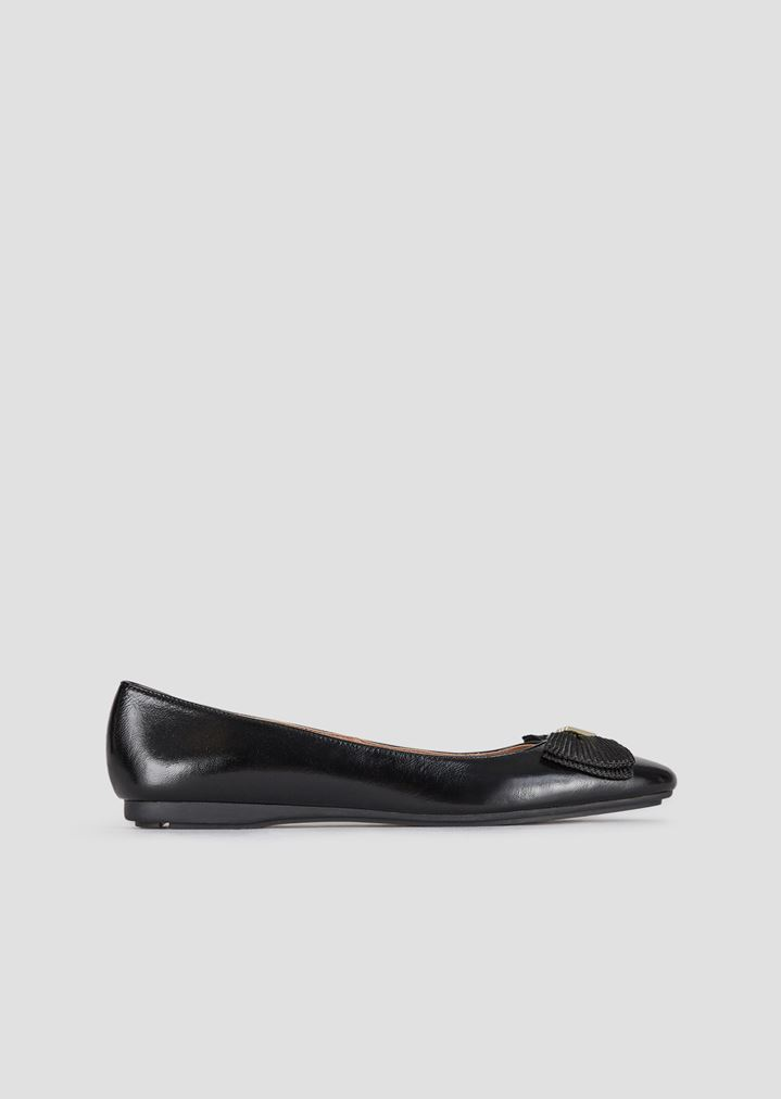 a6fffcf70d924 Leather ballet flats with bow and logo appliqué | Woman | Emporio Armani