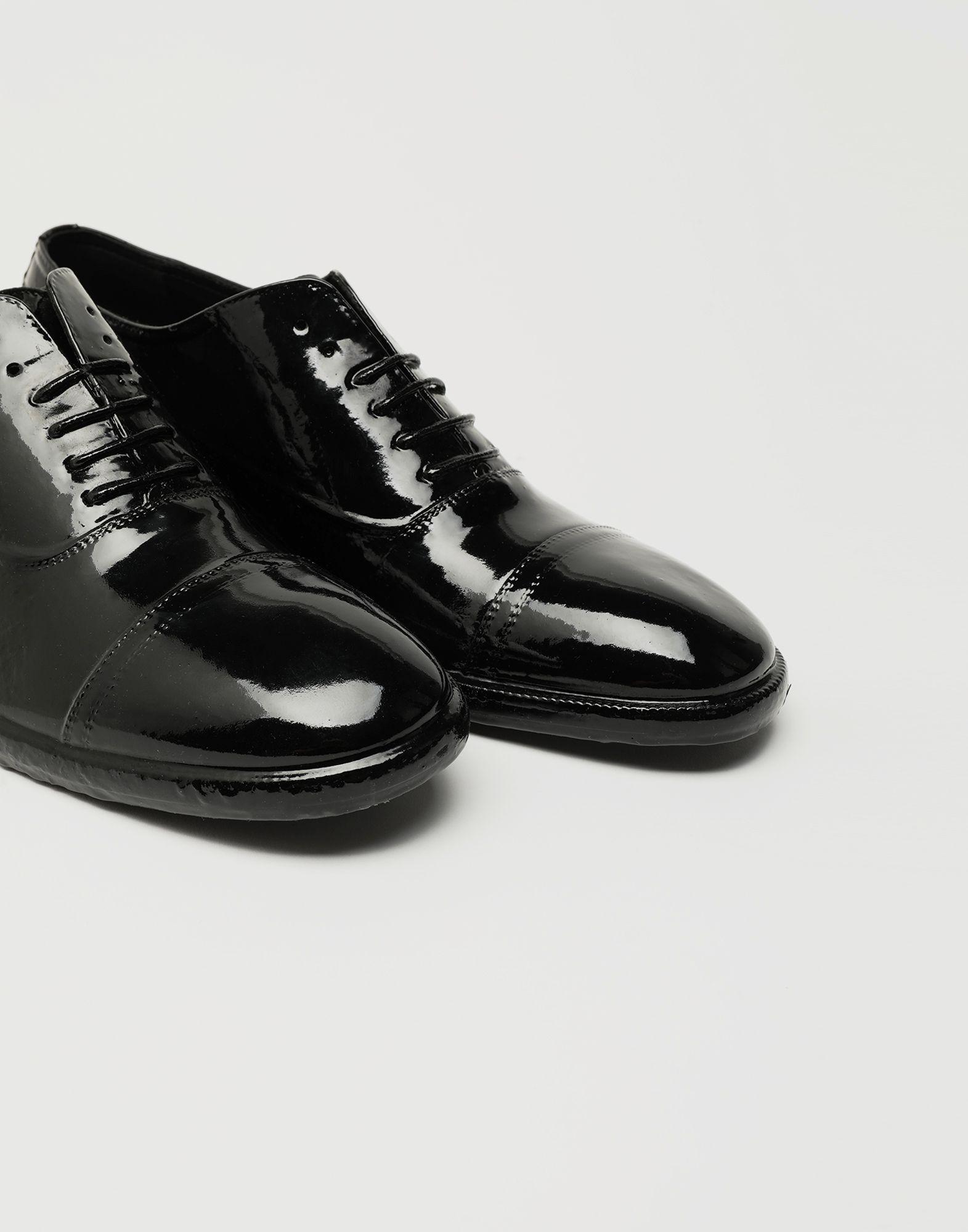 MAISON MARGIELA Plastic Casting Treatment lace-up shoes Laced shoes Man e