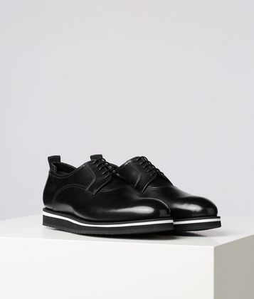 KARL LAGERFELD LACE-UP LEATHER DRESS SHOE