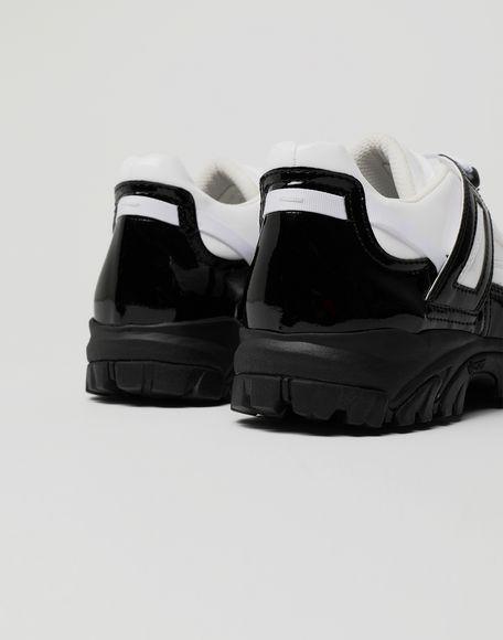 MAISON MARGIELA Sneakers Security aus Lackleder Sneakers Herren a