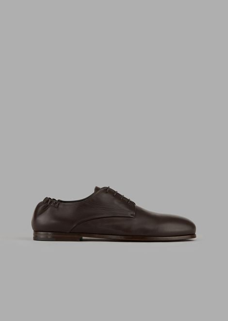 Nappa leather lace-ups with stretch back