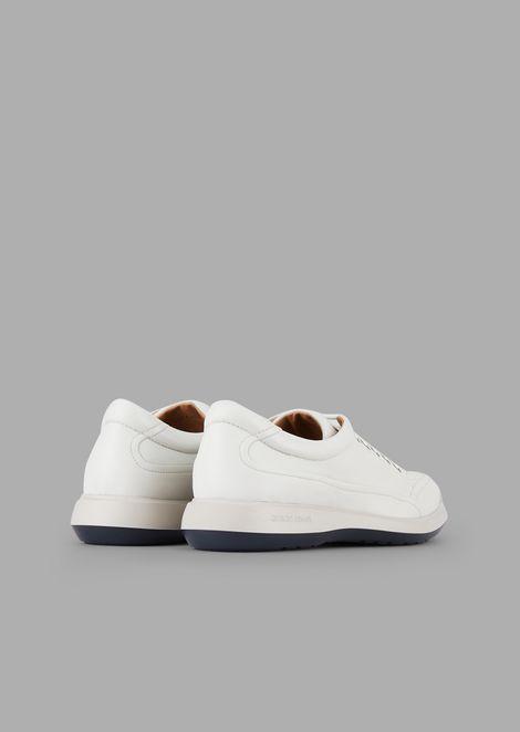Chaussures à enfiler en tissu élastique avec bout en cuir lisse