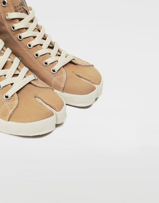 MAISON MARGIELA Tabi high top canvas sneakers Sneakers Tabi [*** pickupInStoreShipping_info ***] e