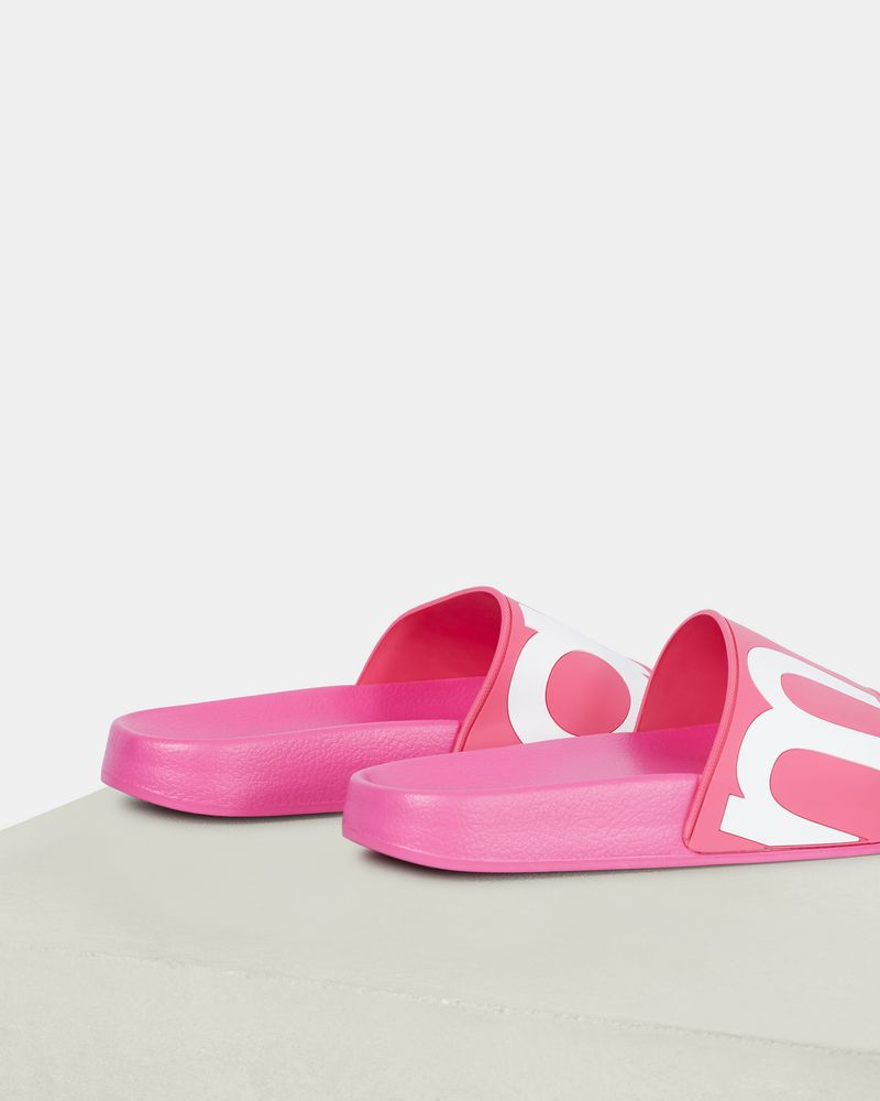 HOWEE slides ISABEL MARANT