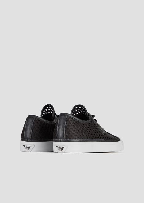 Sneakers in woven perforated canvas