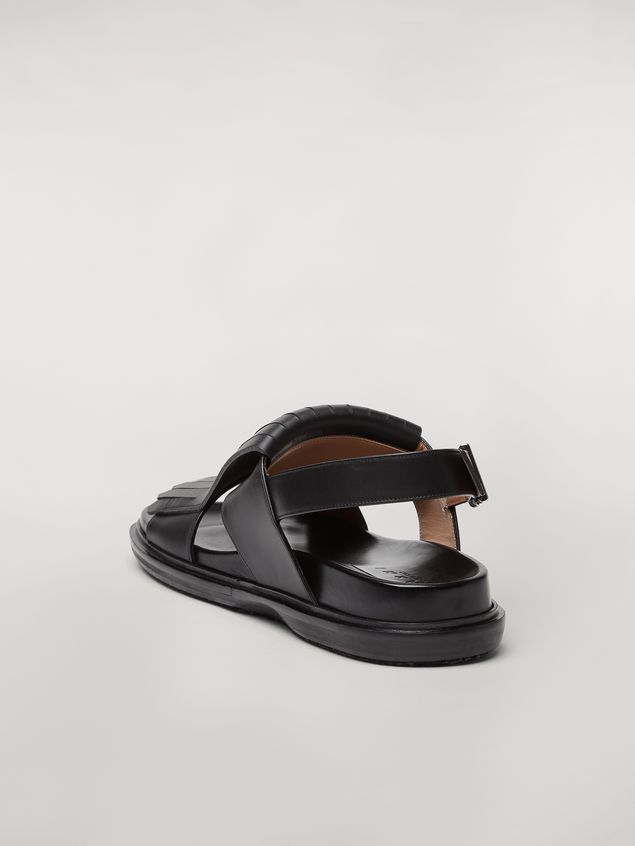Marni Calfskin fussbett sandal with fringes Man