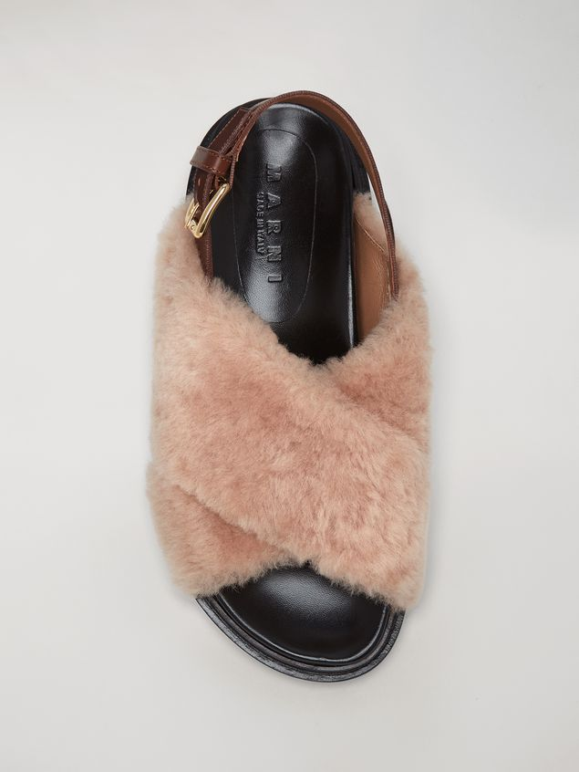 Marni Criss-cross fussbett in shearling Woman - 4