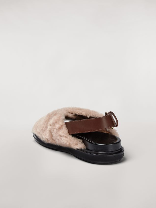 Marni Criss-cross fussbett in shearling Woman - 3