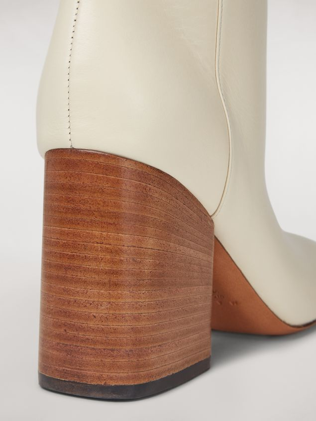 Marni Bottes tubes en cuir de veau Femme - 5