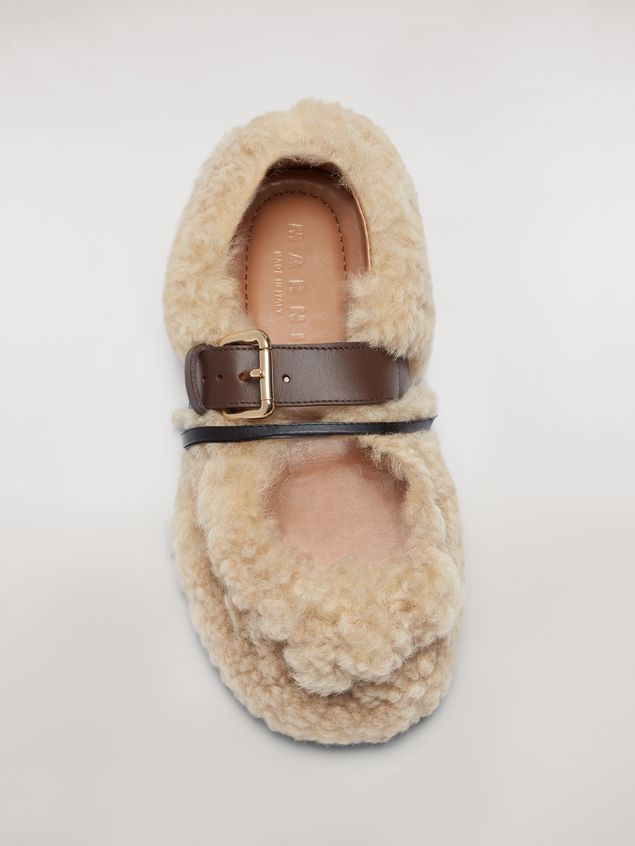 Marni BUCKLE ballerina in white shearling Woman - 4