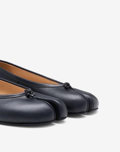 SHOES Calfskin Tabi ballet flats Black