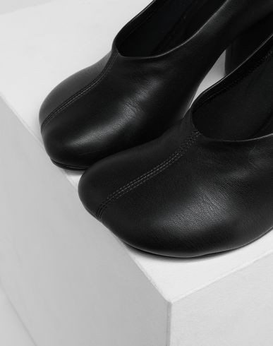 SHOES Pumps Black