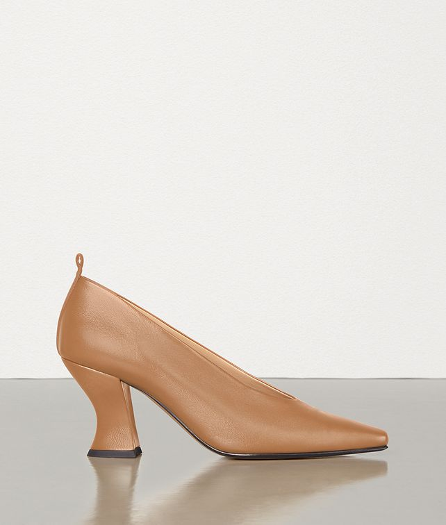 BOTTEGA VENETA PUMPS IN NAPPA DREAM Pump [*** pickupInStoreShipping_info ***] fp