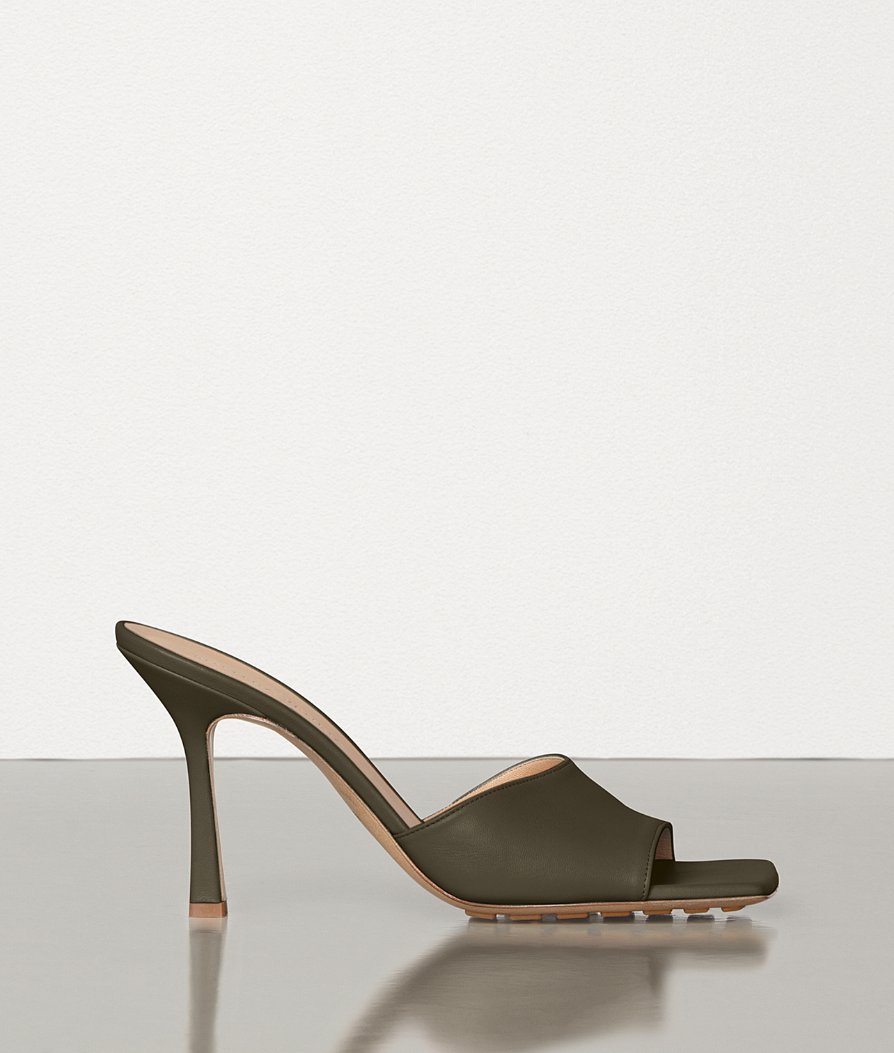 Exact Product: Stretch Mules, Brand: Bottega Veneta, Available on: bottegaveneta.com, Price: EUR520