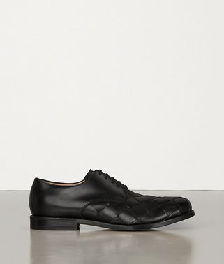 LACE-UP SHOES IN INTRECCIATO CALF LEATHER