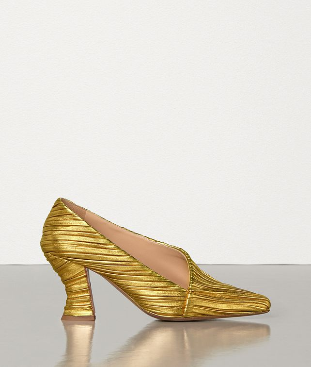 BOTTEGA VENETA ALMOND SEMI-D'ORSAY PUMPS IN LAMÉ NAPPA Pump Woman fp