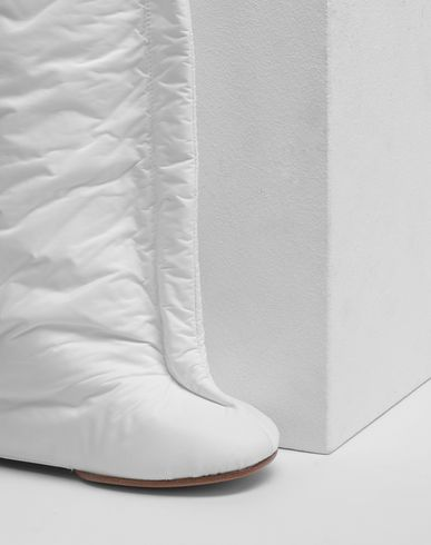 SHOES Pillow knee boots White