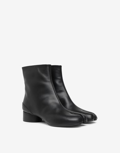 SHOES Tabi calfskin boots Black