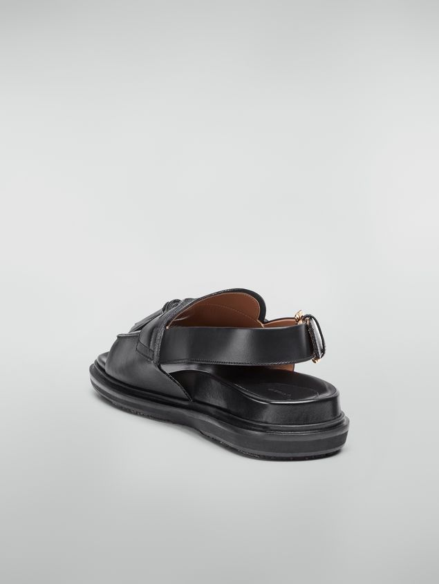 Marni Open-toed moccasin fussbett in leather with pom-poms Woman