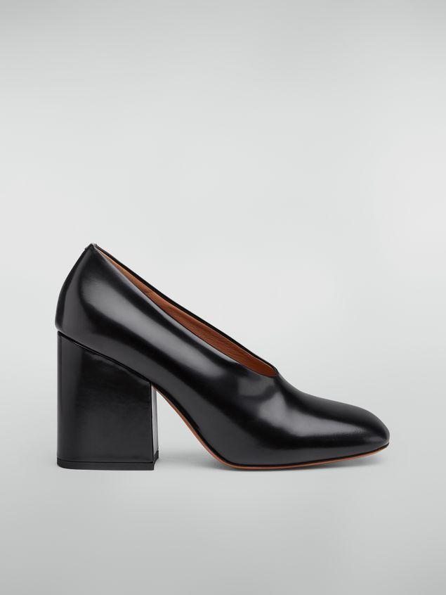 Marni Zapato de salón con corte ascendente de piel pulida negra  Mujer - 1