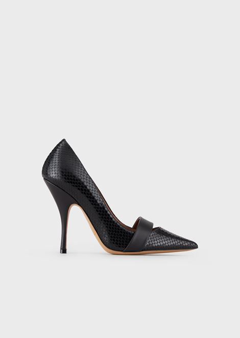 Court shoes in python-print leather