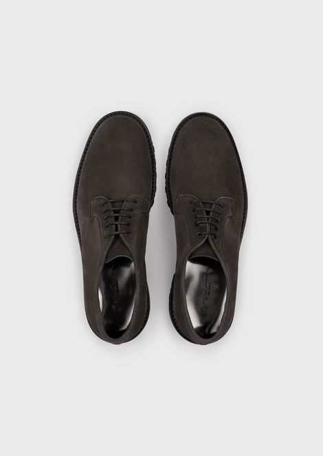 Derby shoes in suede with heavy-duty sole