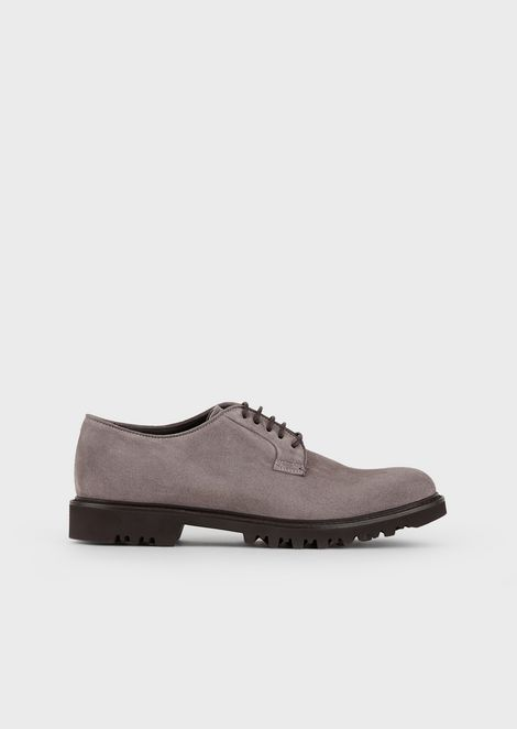 Suede leather derby with lug sole