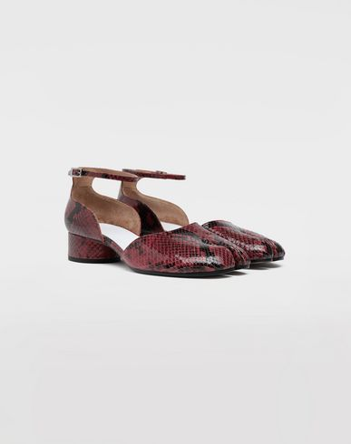 SHOES Tabi python-effect ankle strap pumps Maroon