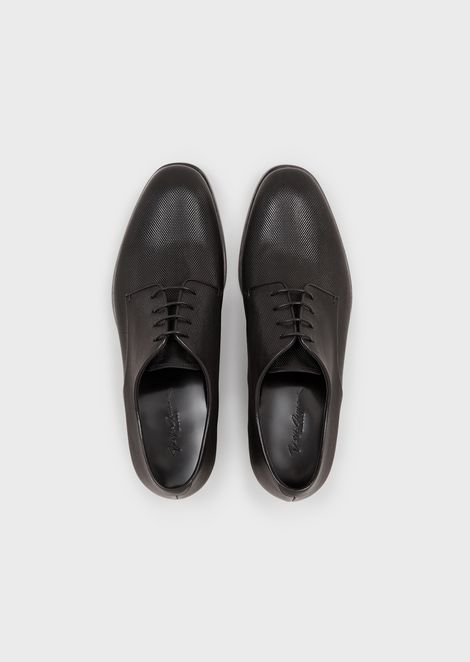 Derby shoes in leather with mini-diamond print