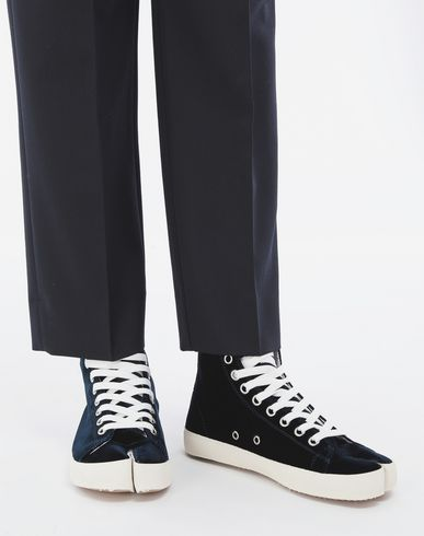 MAISON MARGIELA Sneakers Tabi Woman Tabi high-top velvet sneakers r