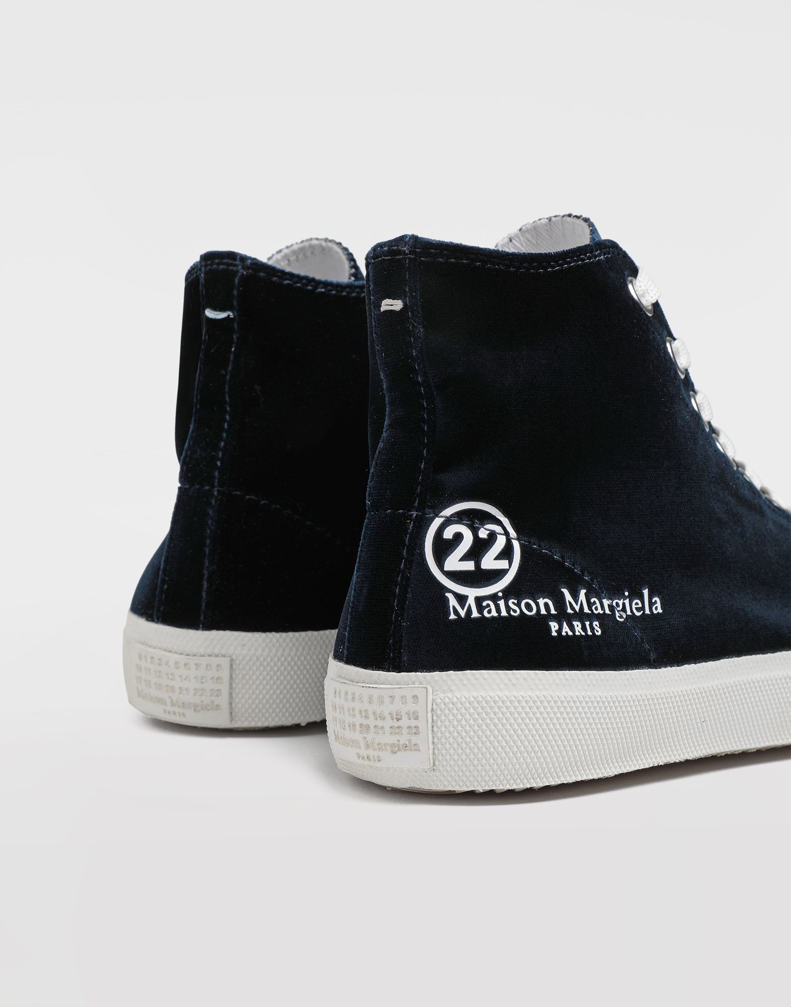 MAISON MARGIELA High-Top-Sneakers Tabi aus Samt Sneakers Tabi Dame a