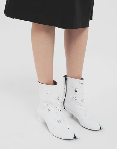 MAISON MARGIELA Tabi boots Woman Tabi paint leather boots r