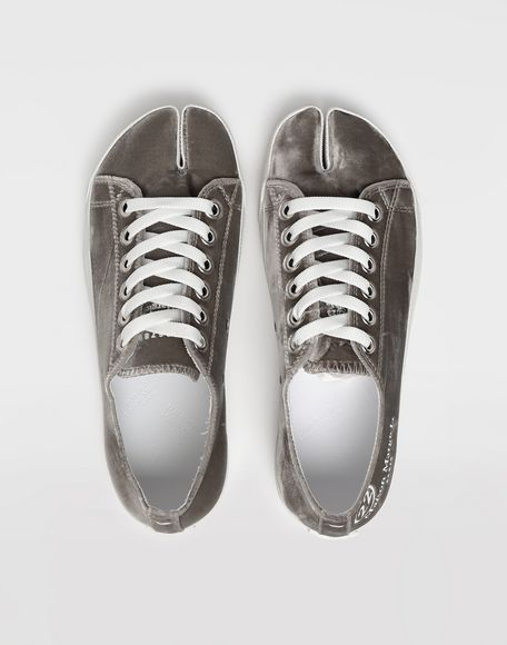 MAISON MARGIELA Sneakers Tabi aus Samt Sneakers Tabi Dame e