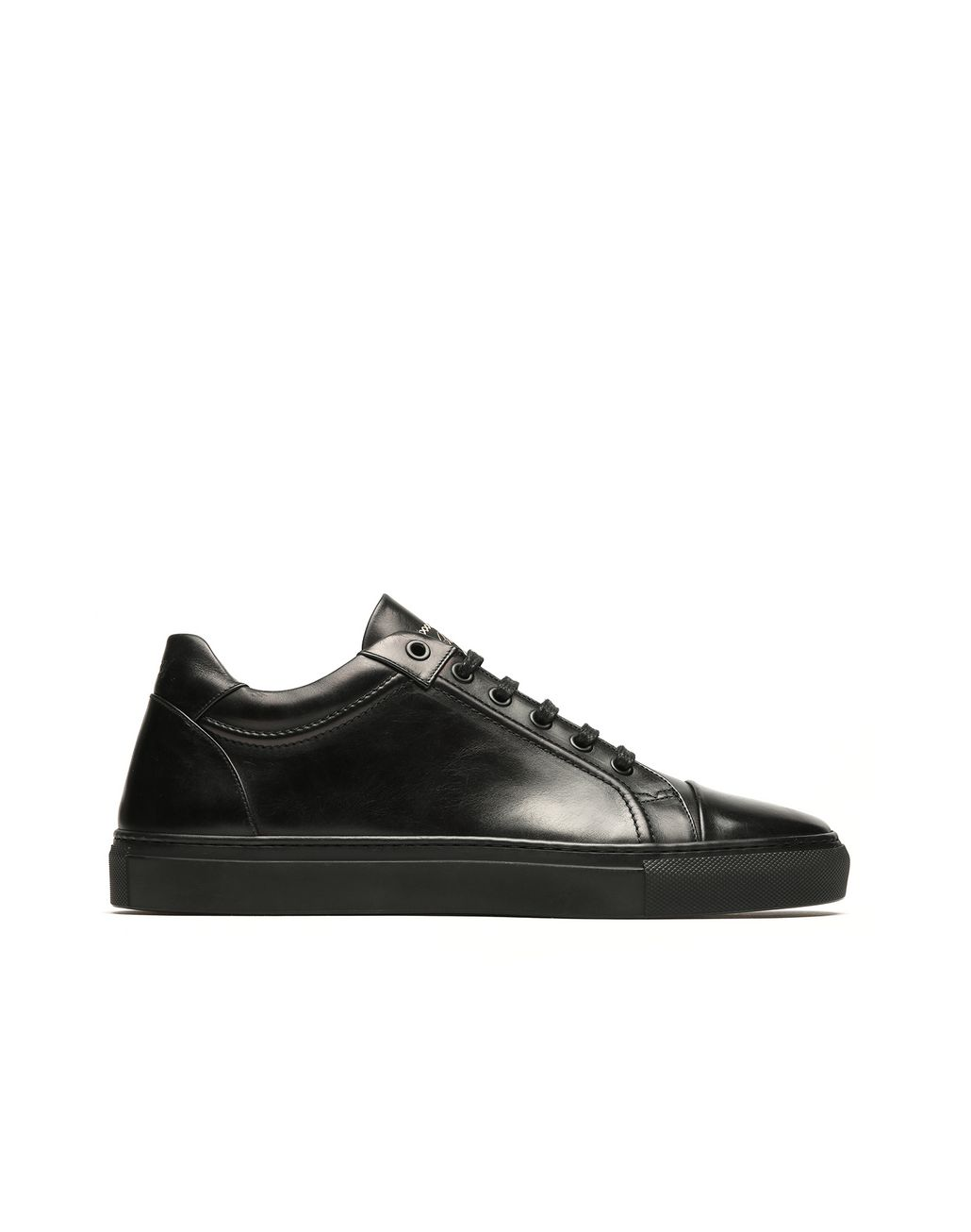 BRIONI Black Leather Sneakers. Sneakers Man f
