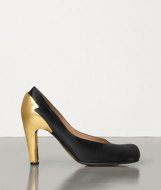 BLOC PUMPS IN SHINY CALFSKIN