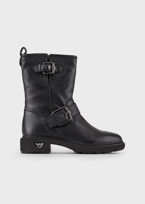 Biker booties in wrinkled leather with buckles