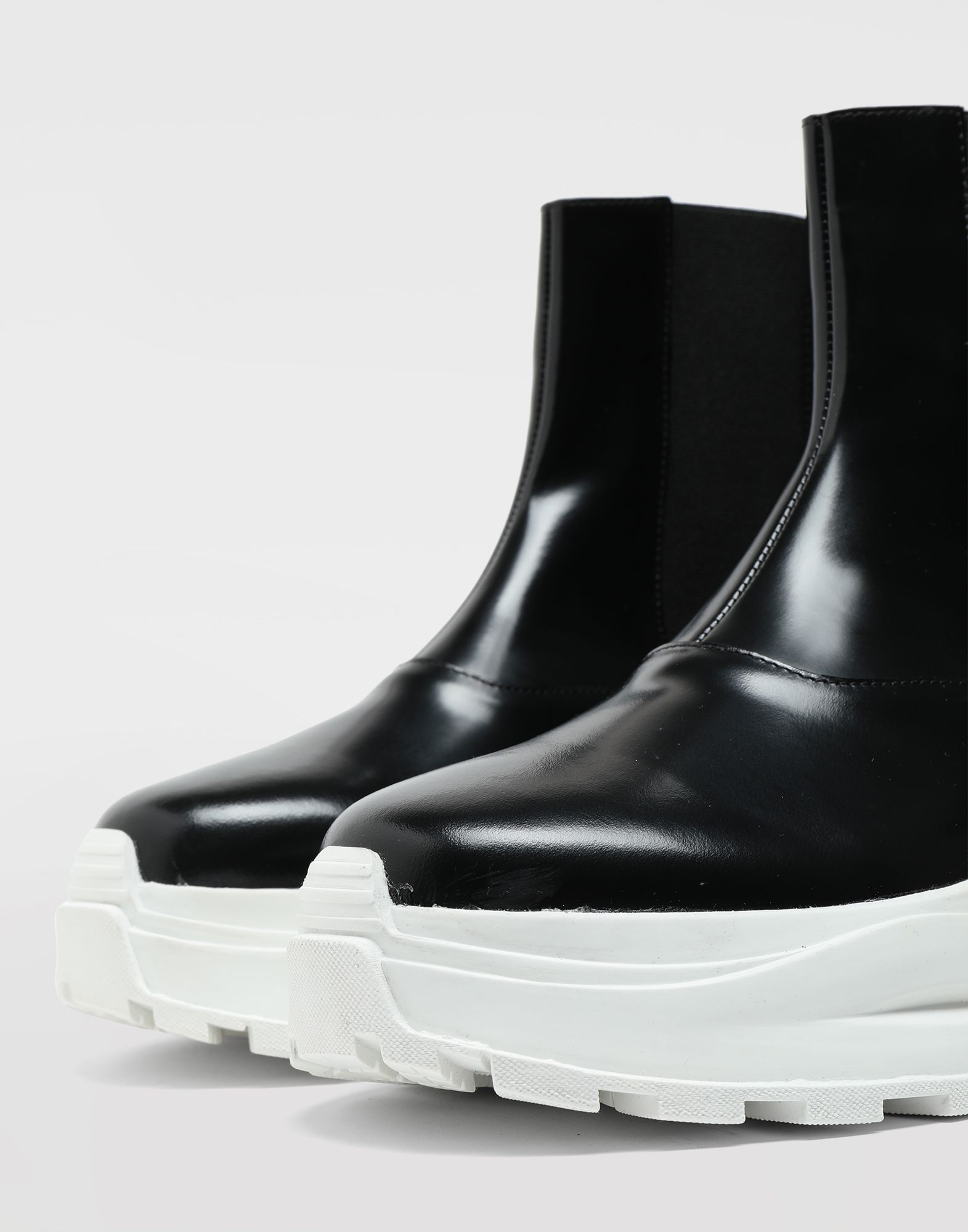 MAISON MARGIELA Leather ankle boots Sneakers Woman a