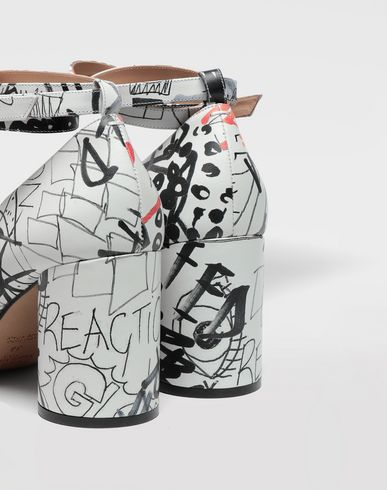 SHOES Graffiti Tabi sandals White